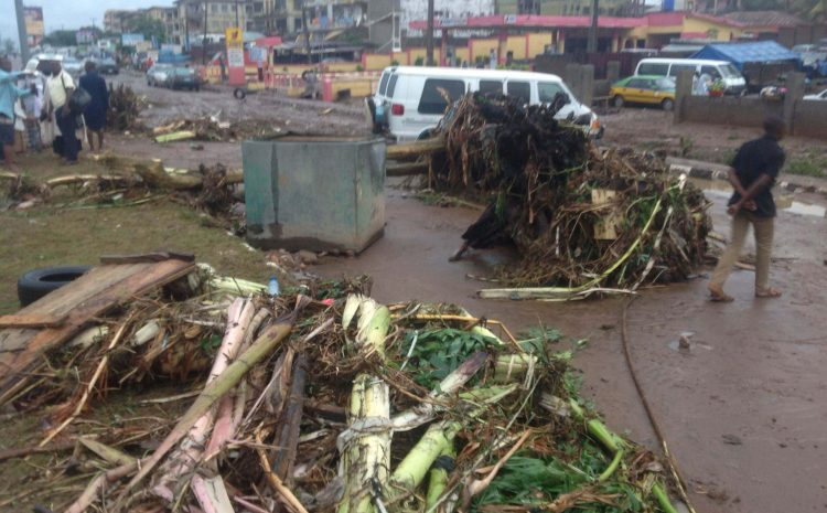 Heavy Rainfall Kills One and Displaces Many Houses in The City of Akure