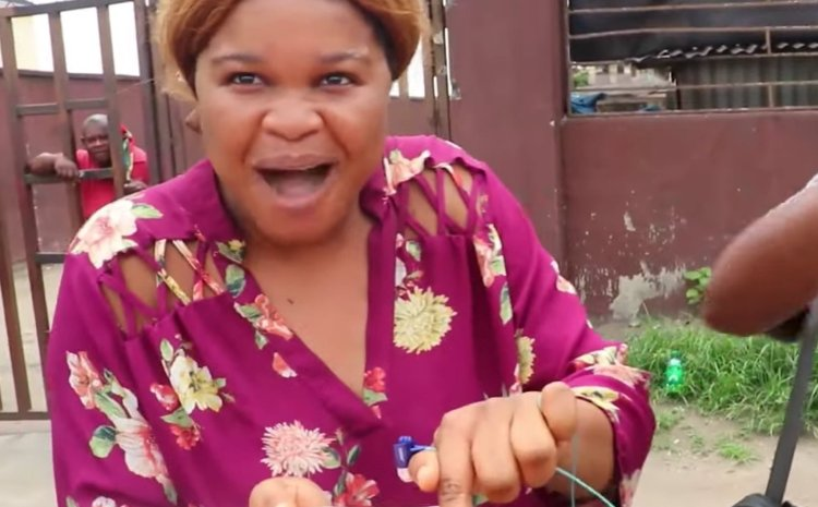 You are ungrateful – Nigerians insult a woman who claimed that she doesn't eat ponmo after collecting free food