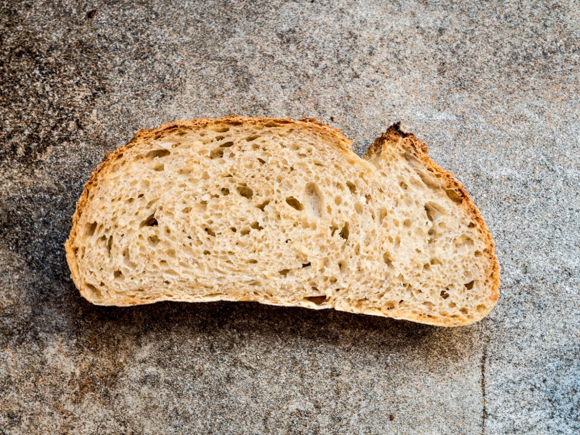 No knead sesame bread - recipe / A kitchen in Istanbul