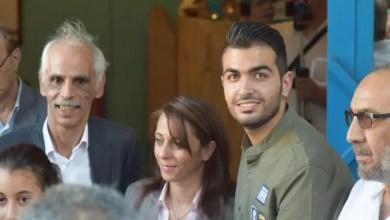 Photo of الأردن : رسام سوري لاجئ يجسد مأساة بلاده بلغة تفهمها كل شعوب الأرض