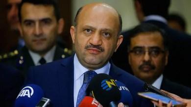 """Photo of وزير الدفاع التركي : قرار أمريكا تسليح الأكراد السوريين """" أزمة """""""