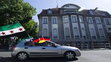 "Photo of سفارة بشار الأسد في ألمانيا تخاطب السوريين : "" القيادة تشجع المكلفين منكم على العودة لحضن الوطن و تسوية أوضاعهم """