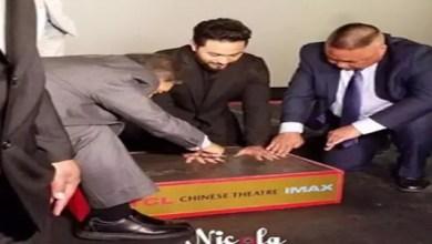 """صورة رحلة تامر حسني إلى أميركا تشهد تكريماً """" وهمياً """" و عرضاً مدفوعاً لفيلمه الجديد !"""