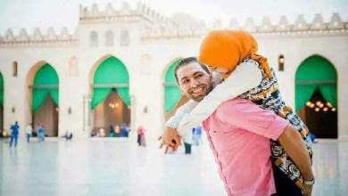 Photo of صور حميمية داخل رحاب مسجد شهير في مصر تثير الجدل