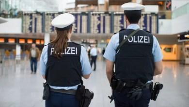 Photo of ألمانيا : ضبط عدة أشخاص من جنسيات مختلفة في محطة قطار بتهمة تزوير الوثائق و دخول البلاد دون تصريح