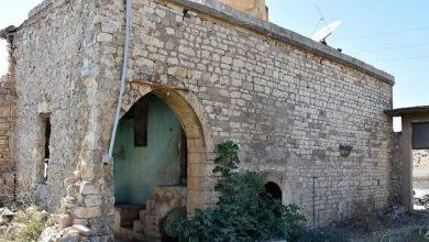 Photo of الإعلام التركي الرسمي : اكتشاف قصر تاريخي كان يستخدمه أتاتورك كمقر عسكري في عفرين ( فيديو )
