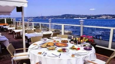 صورة مبلغ خيالي صرفه السياح في مطاعم تركيا خلال 6 أشهر