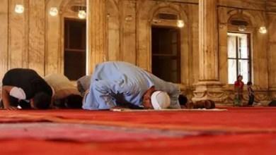 Photo of مصر : تصرف متهور لإمام مسجد يودي بحياة اثنين من المصلين
