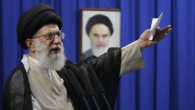 """Photo of خامنئي يحث الجيش الإيراني على """" ترهيب """" الأعداء"""