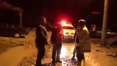 Photo of بعد لحظات مر عبة .. إنقاذ مزارعين سوريين من داخل منازلهم الغارقة بسبب الفيضانات في مدينة تركية ( فيديو )