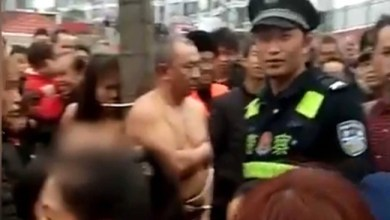 Photo of امرأة صينية تذل زوجها و عشيقته بعد ضبطهما بالجرم المشهود