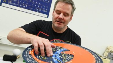 Photo of أول عالم فلك هاو فاقد البصر في ألمانيا : لا حاجة للرؤية لاستكشاف الكون