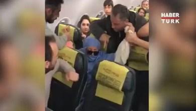 """Photo of امرأة تعلن عن حملها لـ """" قنبلة """" داخل طائرة تركية ( فيديو )"""