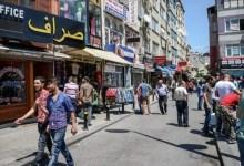 "Photo of رئيس دائرة الهجرة في اسطنبول يكشف عن "" 3 استثناءات "" متعلقة ببقاء السوريين فيها ( فيديو )"