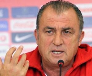 Terim'e futbol profesörü ünvanı verilmiş.