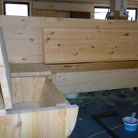 lavice s úložným prostorem