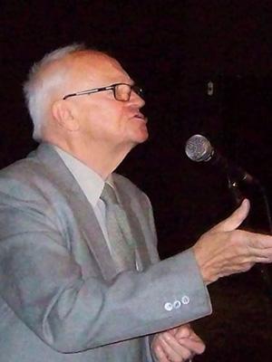 """dr MACIEJ KIERYŁ 12.11.2015 r. """"Antystresowe działanie muzyki"""""""