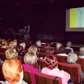 """26.11.2015r. dr n. med, Leszek Marek Krześniak """"Bóle kręgosłupa. Zapobieganie i leczenie"""""""