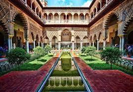 قصر الحمراء التحفة المعمارية بمملكة غرناطة الانصارية