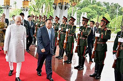 صور متنوعة لمعالي دولة الرئيس الدكتور شيري محمد حامد الانصاري نائب رئيس دولة الهند الفيدرالية