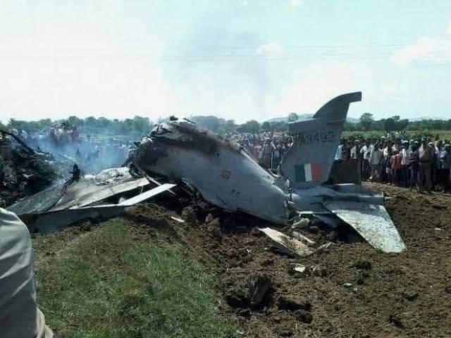 پاکستان کا بھارت کو پہلا سرپرائز، 2 انڈین طیارے مار گرائے، پائلٹ گرفتار