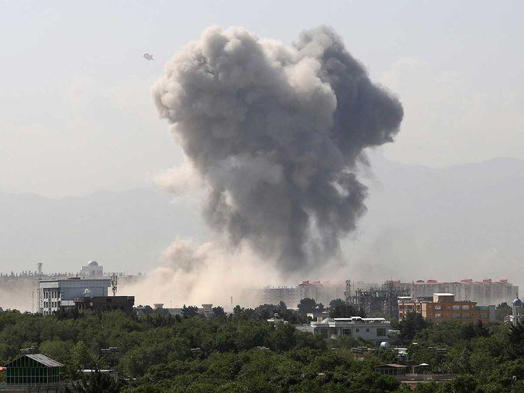 کابل میں اہم یونٹ پر فدائی حملہ، سینکڑوں کمانڈوز ہلاک وزخمی