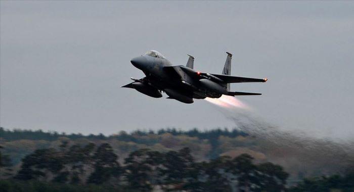 برطانیہ میں امریکی فضائیہ کا طیارہ گر کر تباہ