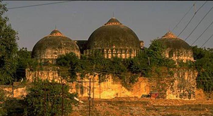 نریندر مودی نے  ایودھیا میں متنازع رام مندر کا سنگِ بنیاد رکھ دیا