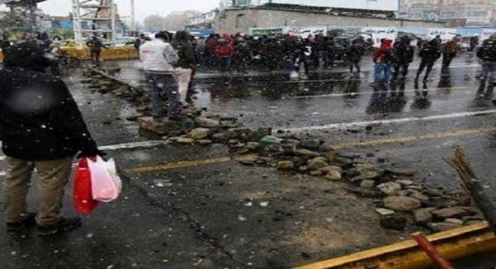 ایران : سیکورٹی فورسز کی مظاہرین پر براہ راست فائرنگ