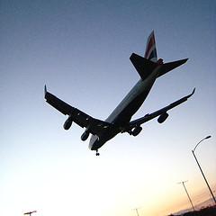 https://i0.wp.com/www.al-jamiat.com/wp-content/uploads/2009/06/plane-in-the-sky.jpg