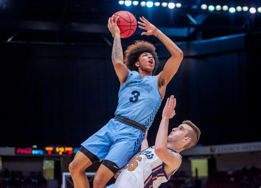 Reigning Mr Basketball 5 Star Pg J D Davison Commits To Alabama Over Auburn Others Al Com