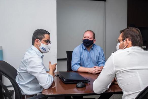 Hospital de Campanha em Santa Inês será transformado em Policlínica após pleito de Othelino e Felipe dos Pneus