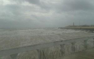 مدينة الصويرة تعيش تحت رحمة الأمطار والرياح العاصفية طيلة ثلاثة أيام