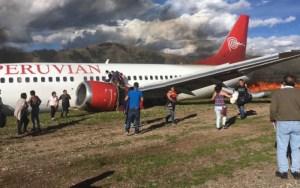 """احتراق وتحطم طائرة ركاب خلال هبوطها في """"بيرو"""".فيديو"""