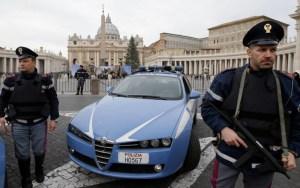 ايطاليا تطرد مهاجر مغربي لرفضه جنسيتها