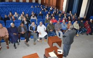 المجلس الجماعي لأكادير يعقد لقاءا تواصليا مع تجار سوق أنزا