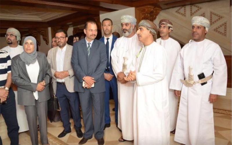 وفد برلماني مغربي يزور دار الأوبرا السلطانية بعمــــان