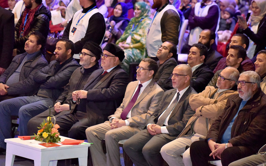 صدر 'الإخوان' يضيق.. قيادة 'البيجيدي' تضع سيف القضاء على عنق 'الصكوعة'