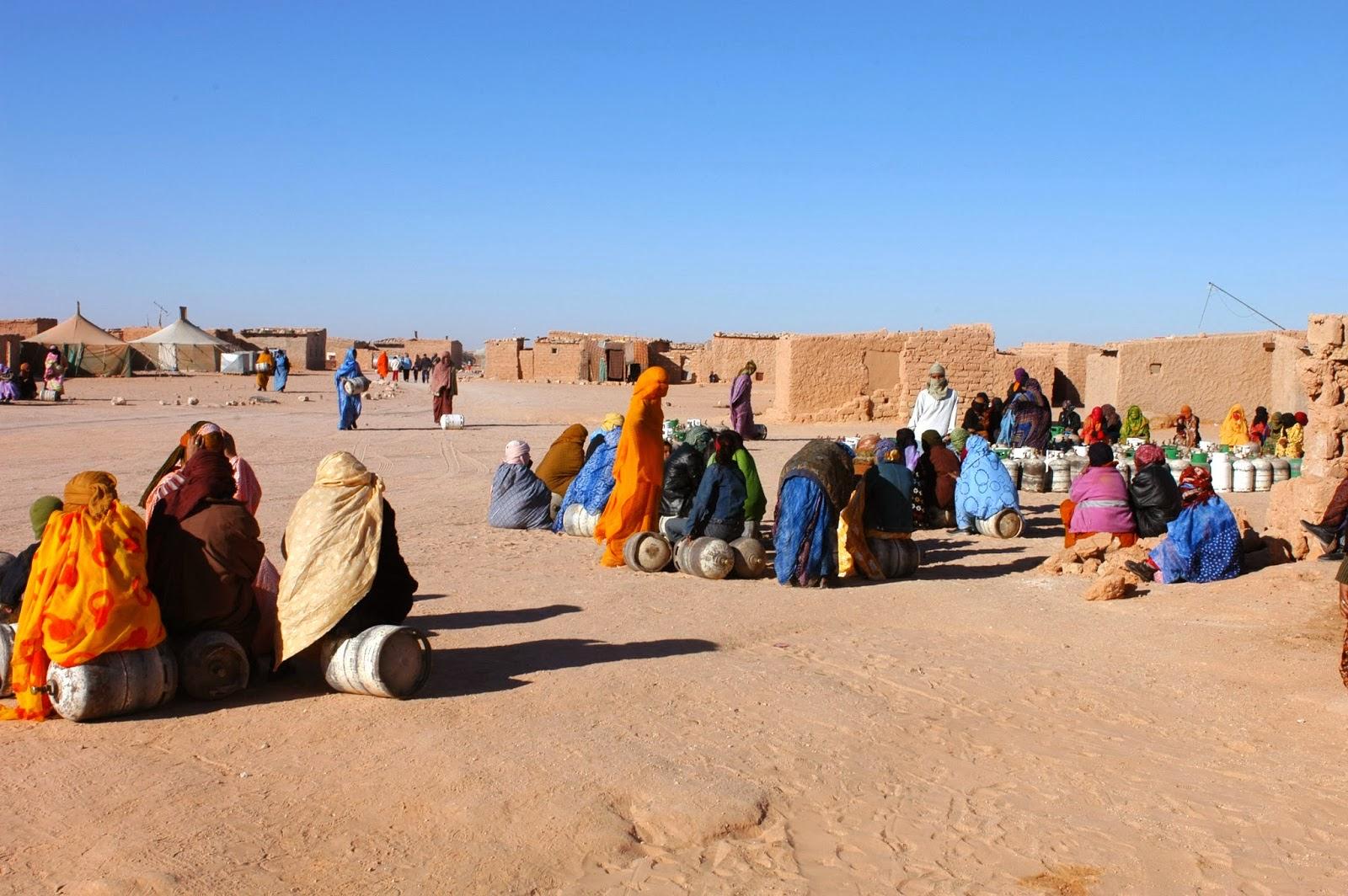 نساء صحراويات محتجزات في مخيمات تندوف.. جمعيات إسبانية تدخل على الخط