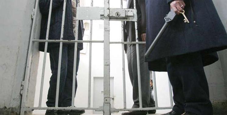 السجون: معتقل يحرض السجناء على التمرد. كذاب. ولا نعذب المعتقلين
