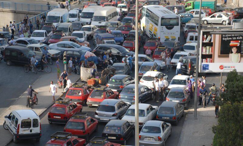 شوارع الدار البيضاء في رمضان.. هي فوضى وازدحام وتجاوزات