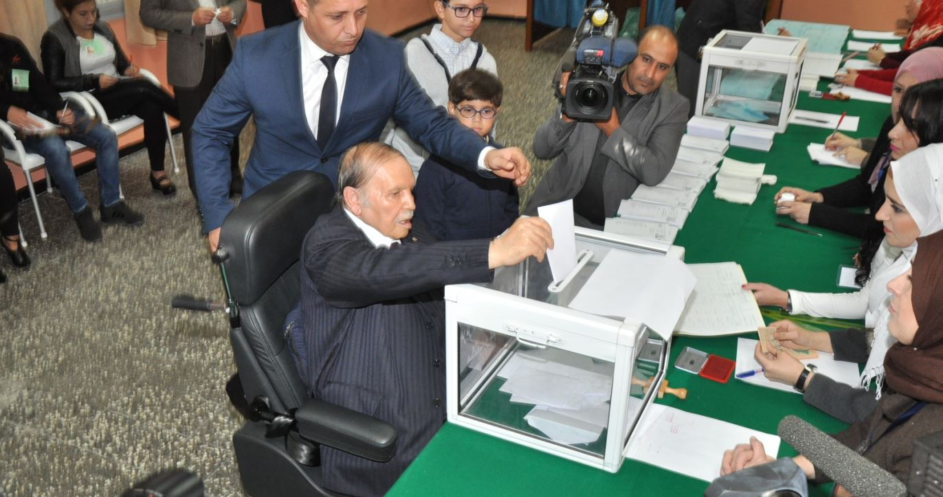 بوتفليقة يُعد نفسه للولاية الخامسة.. هذا موعد إجراء الإنتخابات الرئاسية الجزائرية