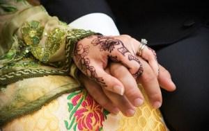 عزل مدينة بأكملها.. حفل زواج مغربي يتسبب بإصابة العشرات بكورونا في ألمانيا