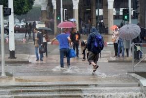 طقس الخميس | أمطار وثلوج مرتقبة بعدد من أقاليم المملكة