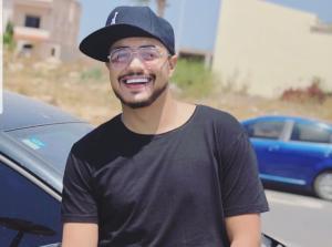 إيهاب أمير يكشف مواهبه في الطبخ ويتسبب في حادث سير.. التفاصيل في رمضان