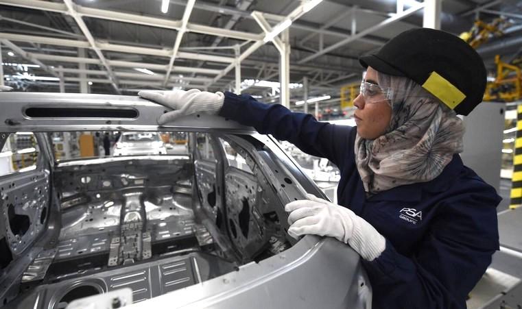 قيمتها تفوق 22 مليار درهم.. صادرات قطاع السيارات بالمغرب ترتفع بحوالي 39%