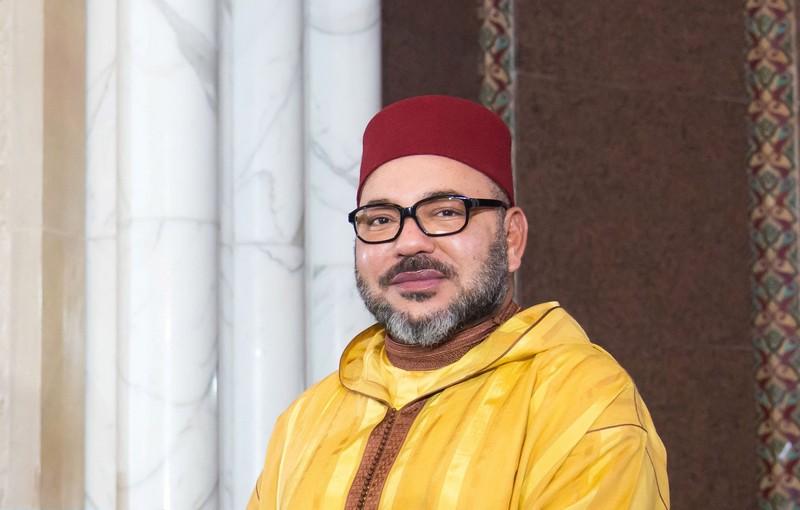 'ما يهزك ريح يا وطني'.. إساءات الجزائر تقوي لحمة الفنانين المغاربة مع الملك