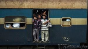 للمرة الثانية بمصر.. مقتل شاب قفز من القطار خوفاً من الشرطة (صورة)