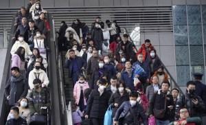 مراقبة طبية لـ20 يوماً.. 100 مغربي بووهان الصينية يصلون غداً للمغرب