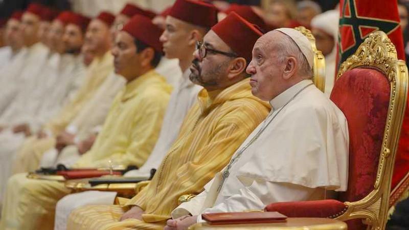 الملك يراسل البابا فرانسيس: سنواصل العمل سوياً لخدمة السلم والسلام عبر العالم